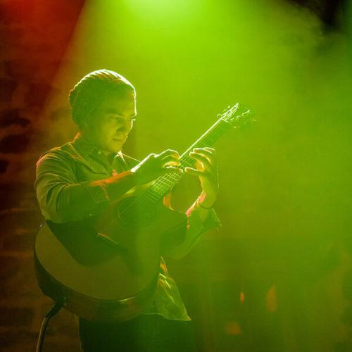 Learn ukulele before guitar center